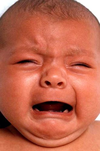 Approaches to calm a crying baby maintaining your